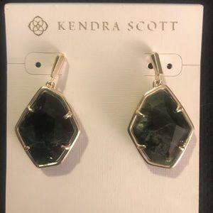 Kendra Scott Green Sage Mica Drop Earrings - new